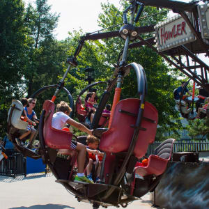 People riding The Howler Ride at Hersheypark