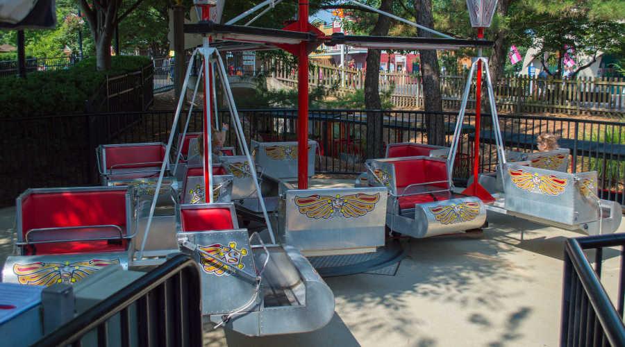 Mini Scrambler ride at Hersheypark